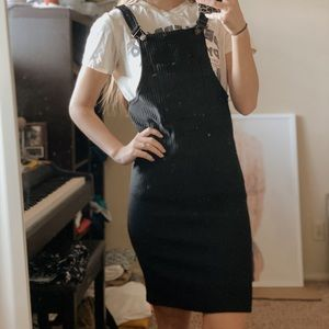 Dresses - Black fitted overall dress